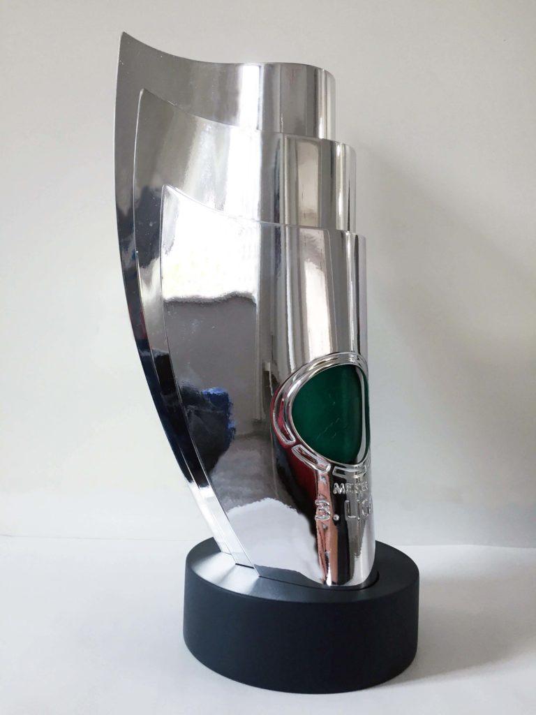 fertig montierter Pokal